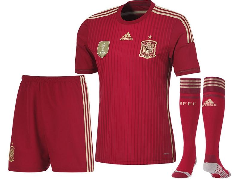Kit Spanien 14-15